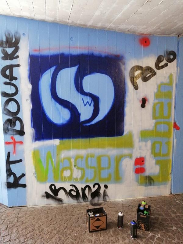 Streetartprojekt von Studenten aus Bouaké in der Unterführung zum Parkhaus Lederstraße