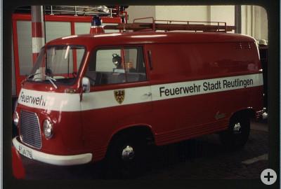 Ein Mannschaftstransportwagen früher genannt Rettichexpress