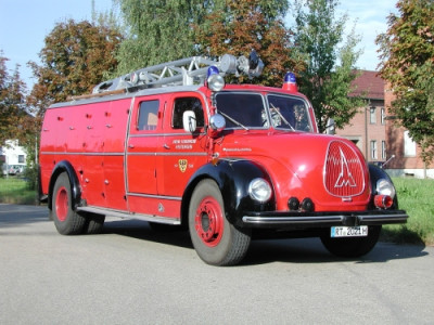 Rüstkranwagen der Feuerwehr Reutlingen Baujahr 1954