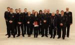 Das Bild zeigt die geehrten und beförderten Feuerwehrangehörigen zusammen mit der Abteilungsführung, dem Stv. Freiwilligen Feuerwehrkommandant Frank Wittel und Bezirksbürgermeisterin Heide Schnitzer