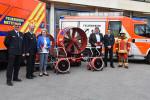 Oberbürgermeisterin Barbara Bosch und Oberbürgermeister Dr. Ulrich Fiedler mit den Feuerwehren Reutlingen und Metzingen