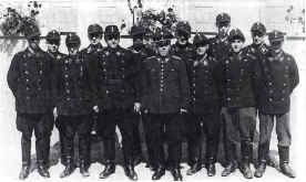 Das Bild zeigt die Löschgruppe aus dem Jahr 1950