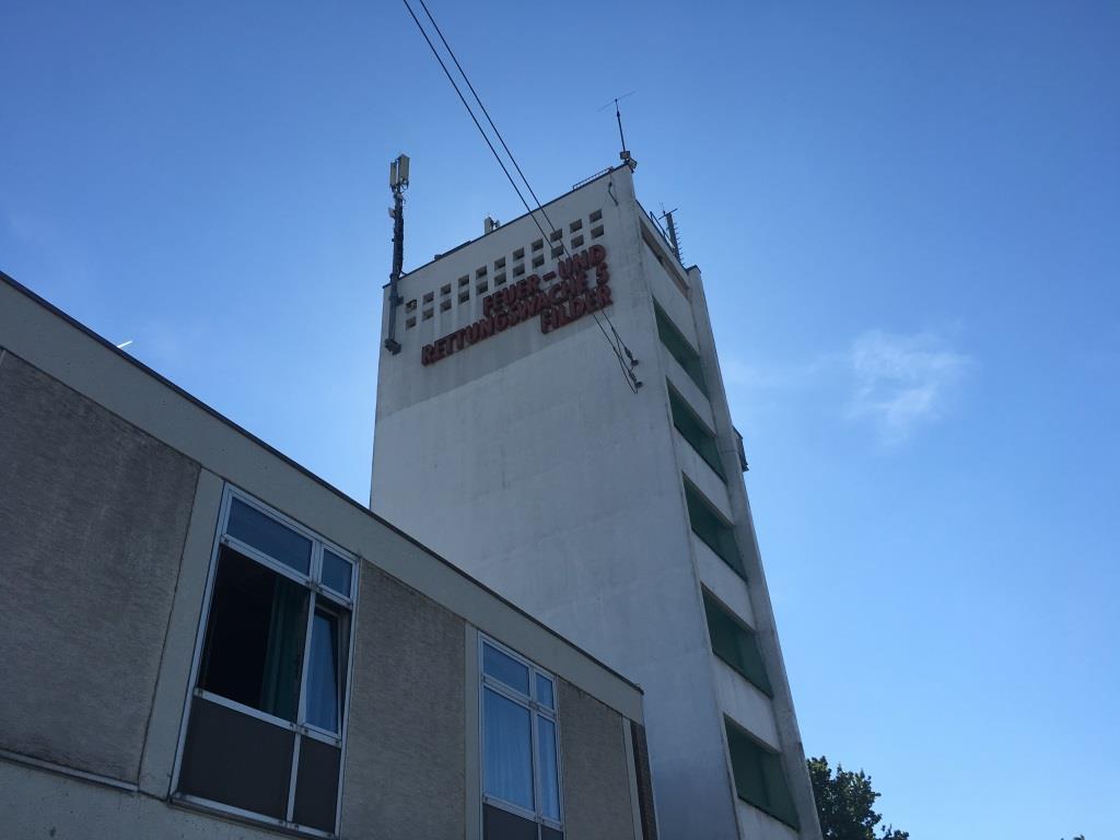 Foto des Schlauchturms der Feuerwache 5 in Stuttgart