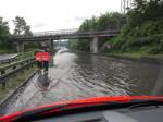 Überschwemmungen auf der B28