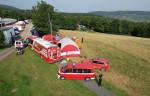 Die mobile Führungsunterstützungseinheit der Feuerwehr Reutlingen bestehend aus einem Kommandowagen einem Einsatzleitwagen 2 und einem Mannschaftstransportwagen. Diese wird in Ahrweiler mobil betrieben