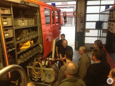 Besichtigung des Rüstwagen der Berliner Feuerwehr