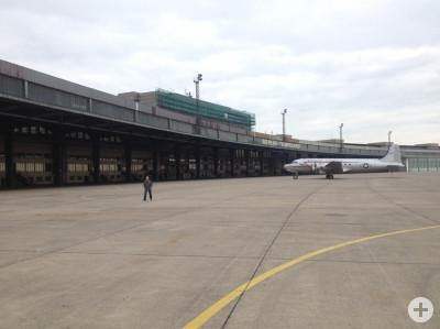 Bild vom Vorfeld des  Flughafen Tempelhof