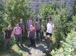 Gruppenbild der Wandergruppe vor der Ruine Kallenberg