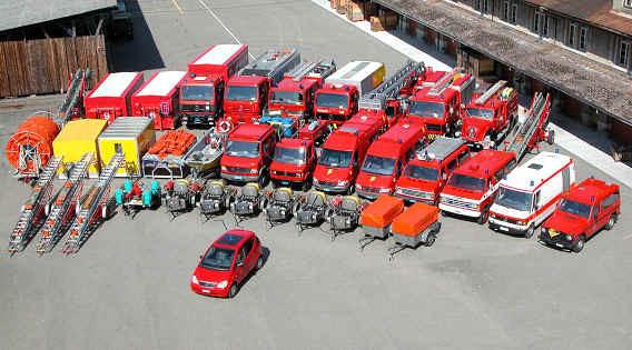 hier sehen Sie den Fuhrpark der Feuerwehr Aarau