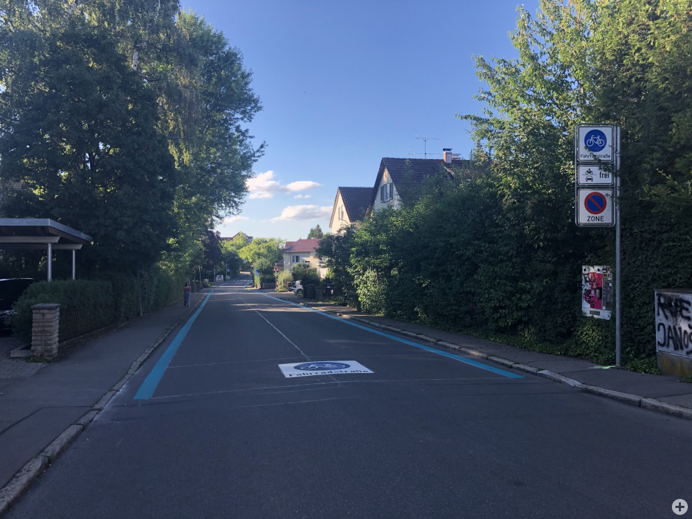 Die Fahrradstraße in der Bellinostraße.