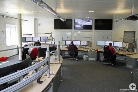 Blick in die integrierte Leitstelle für Feuerwehr und Rettungsdienst